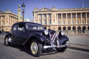 visite-paris-mariage-voiture-ancienne-traction